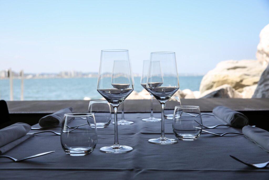 Gente-di-Mare-ristorante-cattolica-riviera-mise-en--plice-vista-mare