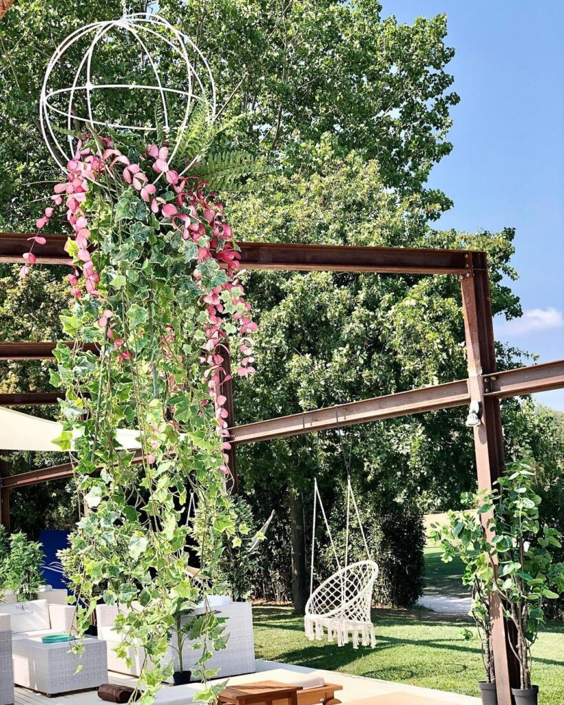 Riviera-Oasis-Club-swimming-pool-beach-club-piante-allestimento-design-tropical